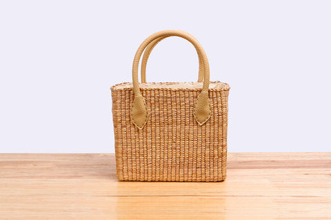 Sil Thin Chao Pha Ya - Natural straw wicker handbag