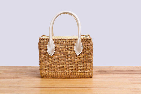Sil Thin Chao Pha Ya - Natural straw wicker handbag (white)