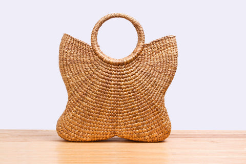 Sil Thin Chao Pha Ya - Natural straw wicker butterfly handbag