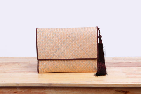 Nattira - Clutch Bag With Tassel (Brown)