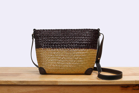 Woven Seagrass pouch bag (two tones)
