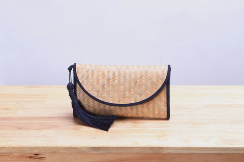 Nattira - Clutch Bag With Tassel (Navy)