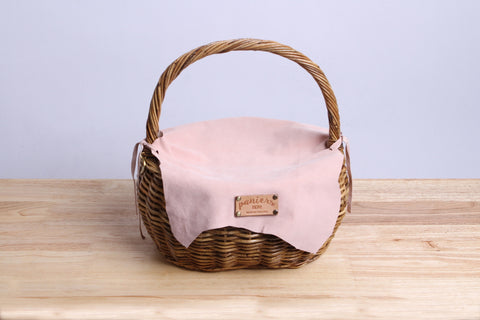Paniers NEM - Rattan wicker basket with a lamb leather cover (Rose pastel)