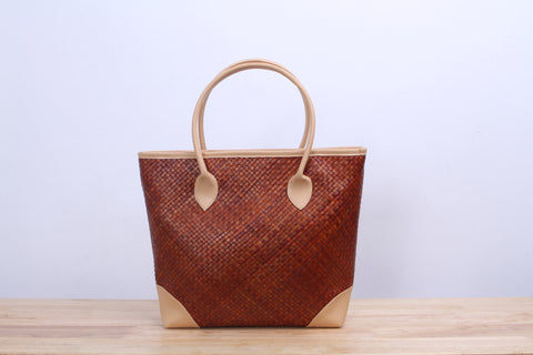 Pandan wicker tote bag