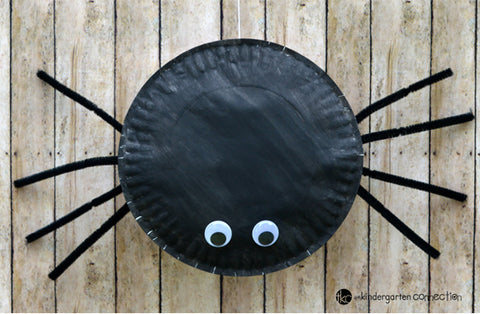 Paper plate Halloween craft decoration