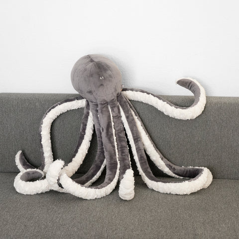 Octave the giant Octopus