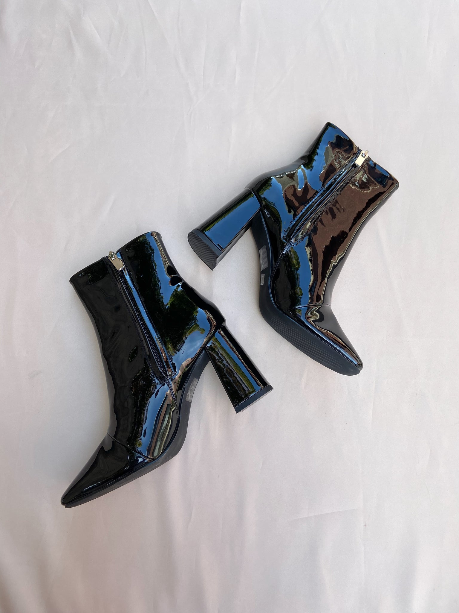 Confidant Patent boot