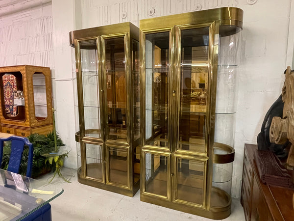 Mastercraft Brass and Glass Display or Vitrine Cabinets, a Pair front view
