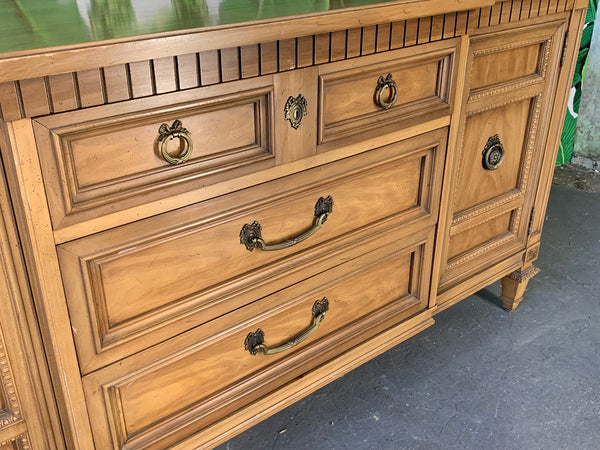 Mid Century Breakfront Buffet by Thomasville close up