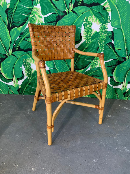 McGuire Rattan and Leather Dining Set, 4 Chairs and Sheaf of Wheat Table close up