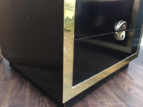 Pair of Hollywood Regency Black Lacquer and Brass Asian Nightstands details
