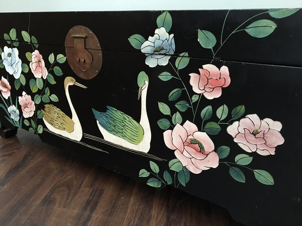 Mid Century Asian Chinoiserie Hand Painted Trunk close up