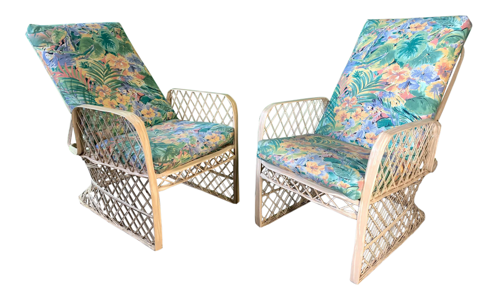 Incredible Pair Of Russell Woodard Spun Fiberglass Adjustable Lounge Chairs Squirreltailoven Fun Painted Chair Ideas Images Squirreltailovenorg
