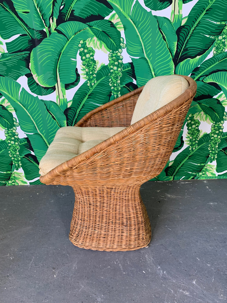 Sculptural Wicker Dining Set, Table and Four Chairs close up