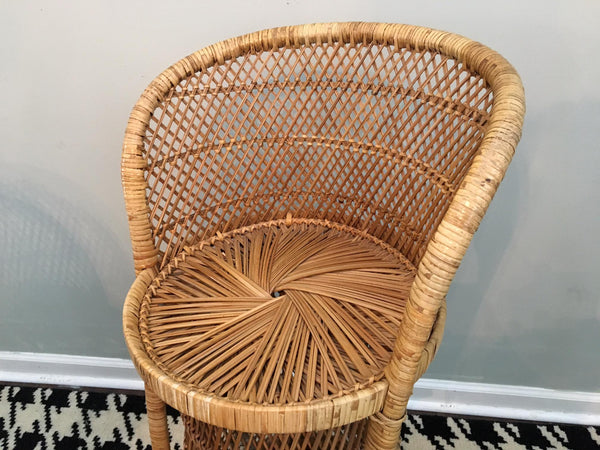 Vintage Wicker Bar Stools seat view