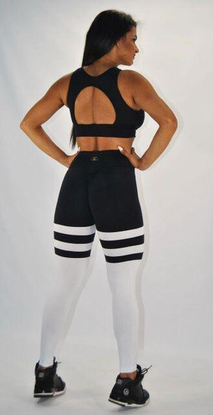 BUTT SCRUNCH  BREATHABLE WHITE & BLACK LEGGINGS - Iris Fitness home of good quality leggings with really good prices