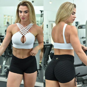 BUTT SCRUNCH BLACK TEXTURE WAVE SHORTS - Iris Fitness home of good quality leggings with really good prices