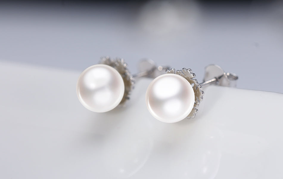 elegant sleek Pearl Earrings