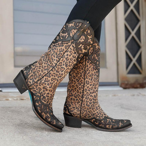 Lilly in Black and Cheetah