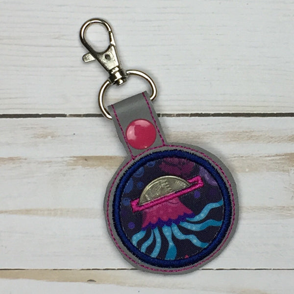 Quarter Holder Applique Key Fob - Owl Be Green