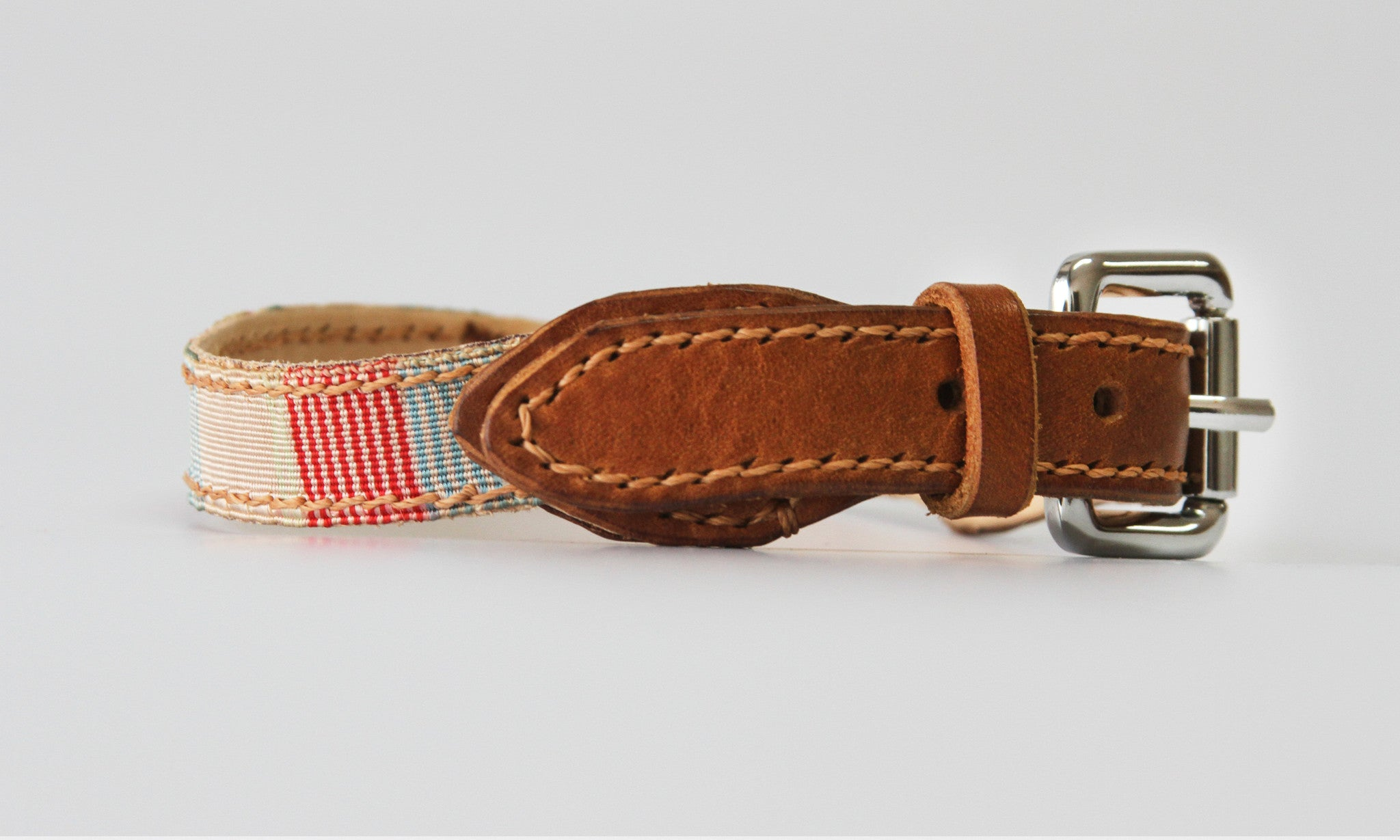 Braidy Vintage Ribbon Leather Collar