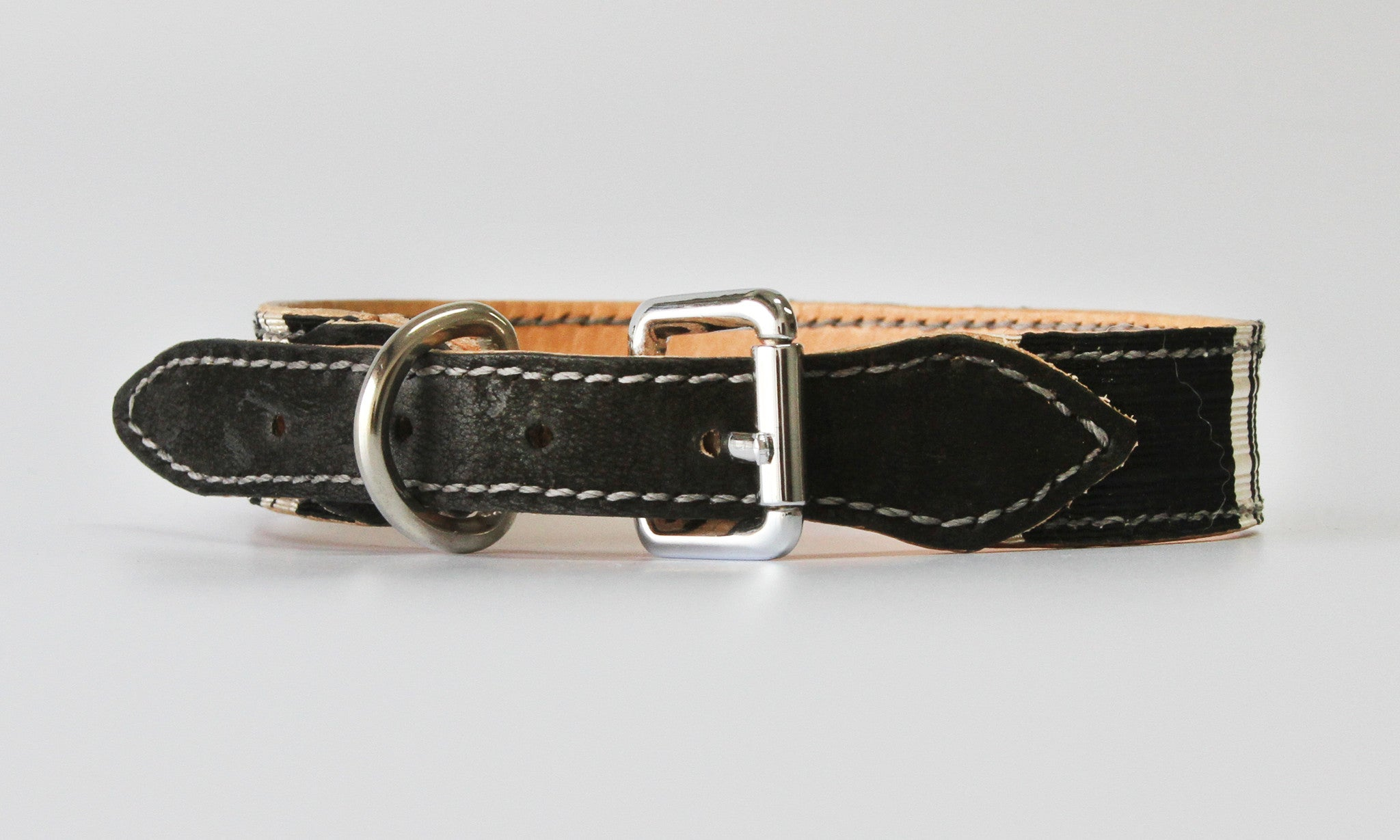 Zane Vintage Ribbon Leather Collar