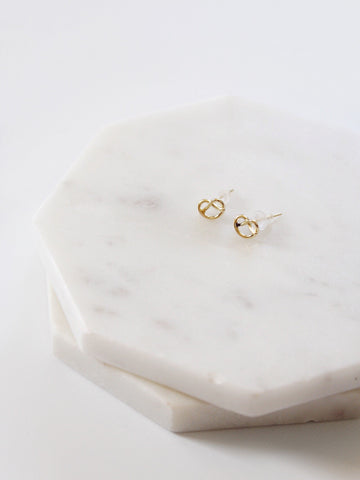 The Twist and Turn Stud Earring (14K) - The Simple Seam