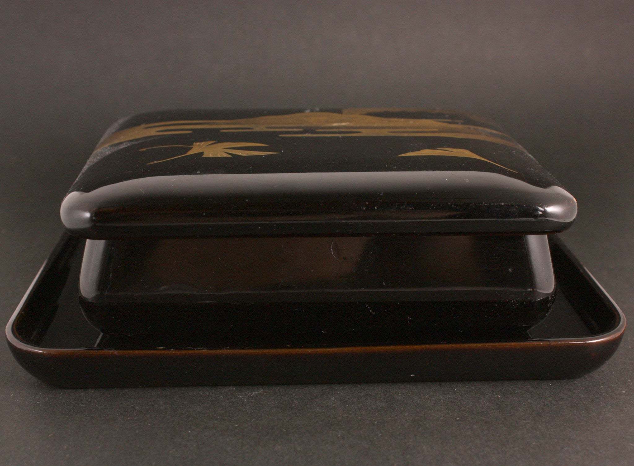 Antique Japanese 1931 Army Special War Games Emperor Guard Duty Commemorative Lacquer Tobacco Box
