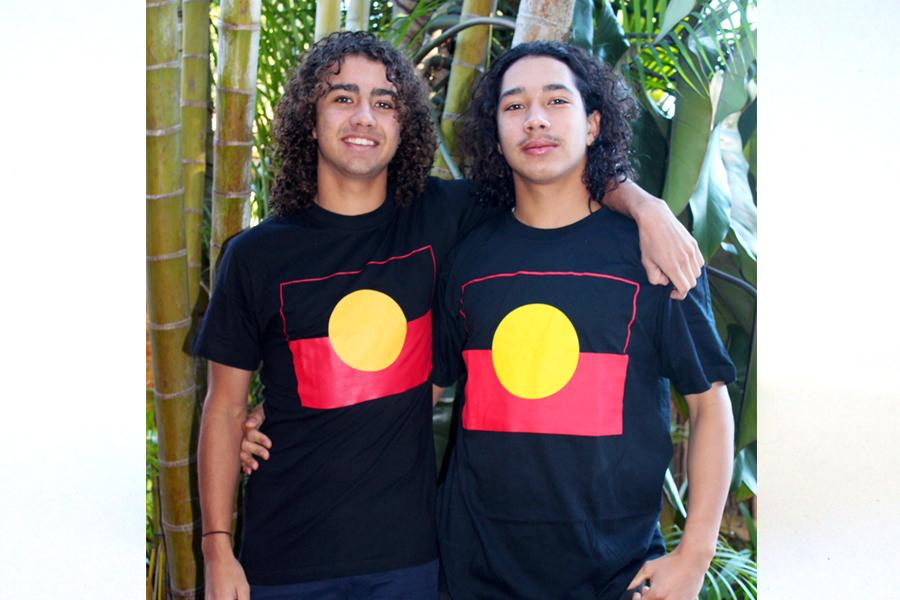 Adult Aboriginal Flag T-shirt