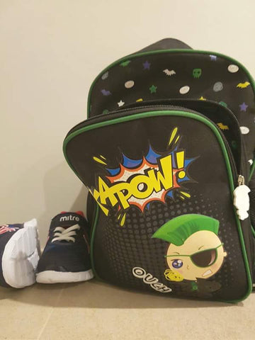 @2WhyzMummaz top tip for making back to school cool - keep your school stuff together!