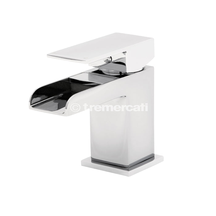 Tre Mercati Geysir Chrome 1807 Mono Basin Mixer with Click Clack Waste Front View