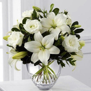 White Roses & Lily - gift-on-line