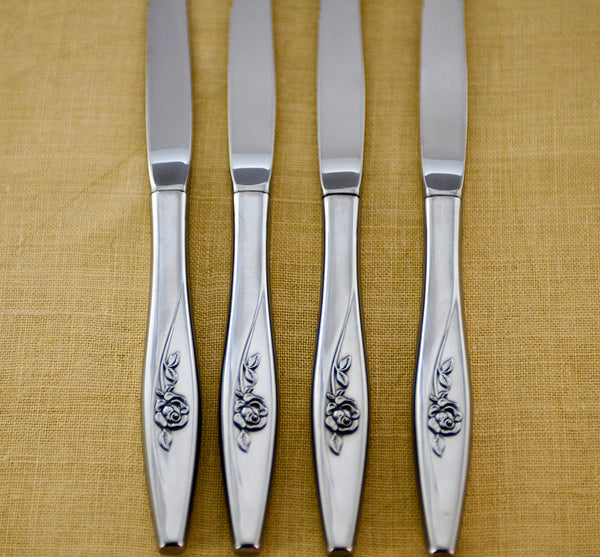 Oneida Lasting Rose Flatware, Vintage Oneidacraft Stainless Tableware, Set of 4 Serrated Blade Steak Knives in Original Box, New Old Stock - PlumsandHoneyVintage