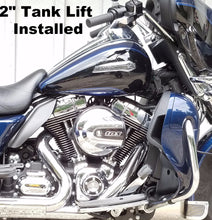 Load image into Gallery viewer, Gas Tank Lift Kit for Tri-Glide & Freewheeler Trike Models