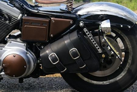 Dead Creek Cycles Bobber Bracket installed on a 1994 Sportster with Bobber Bag
