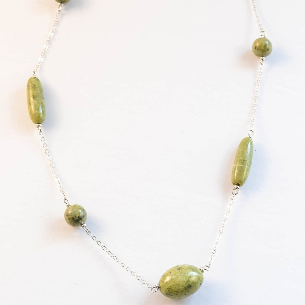 Green Serpentine & Sterling Silver Chain