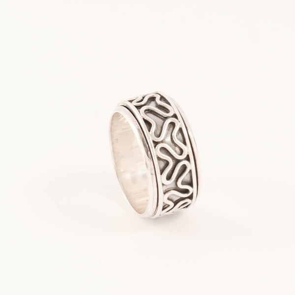 Tangled - Spinner Ring