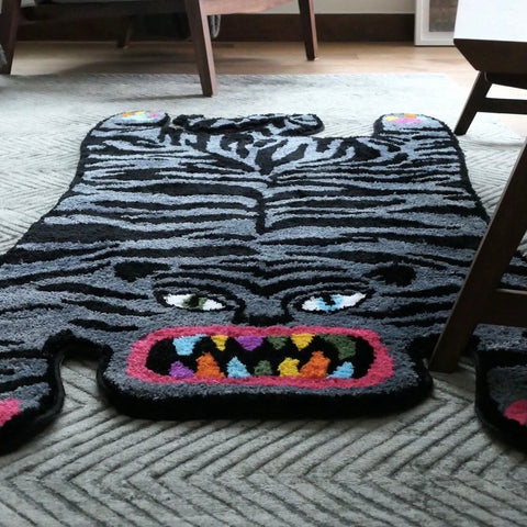 RAW EMOTIONS Ugly Tiger Rug Black