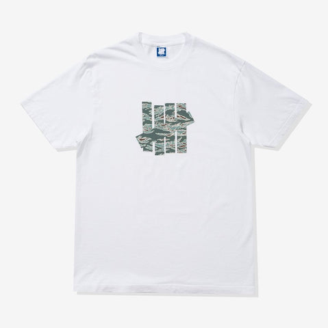 UNDEFEATED Tiger Camo Icon Tee White
