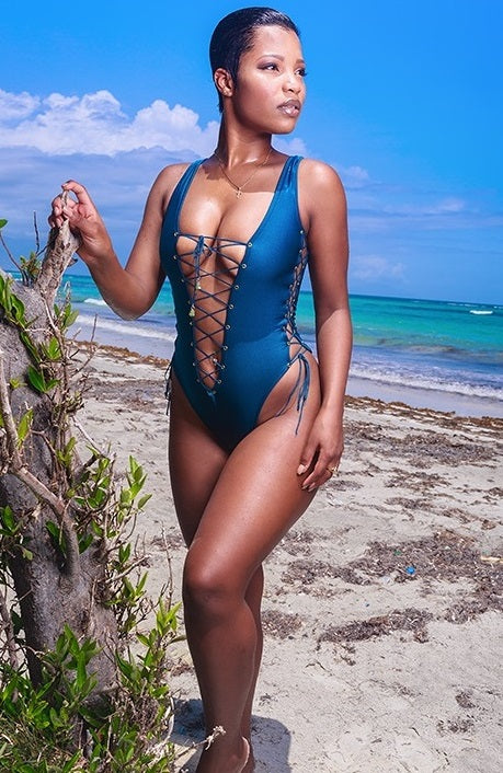 Classic Brazilian cut Monokini with plunging laced neckline and laced up sides. This piece is adjustable and can fit one size up or down.