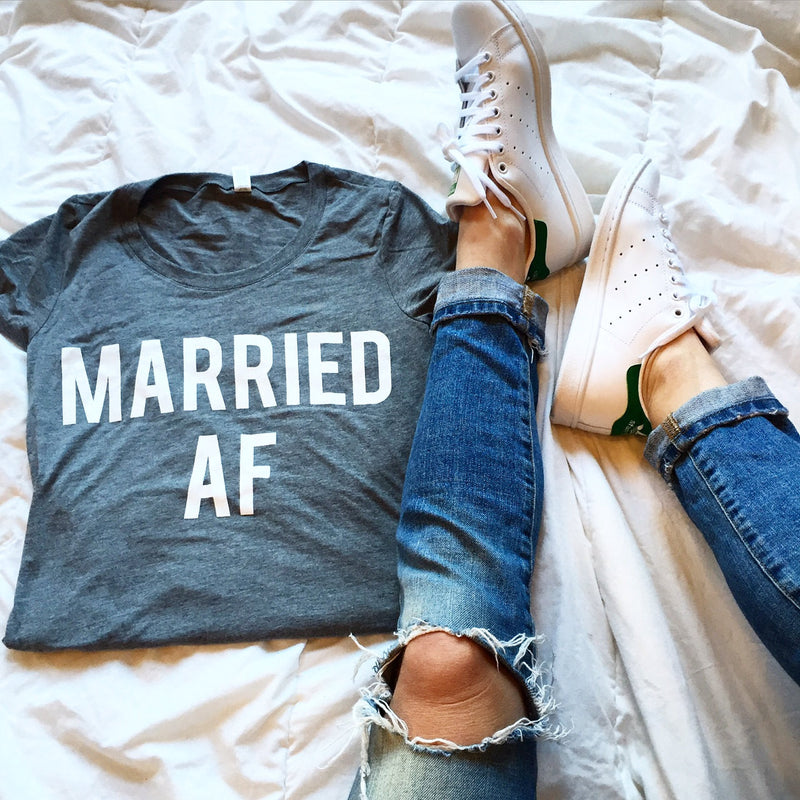 Married AF - womens grey shirt
