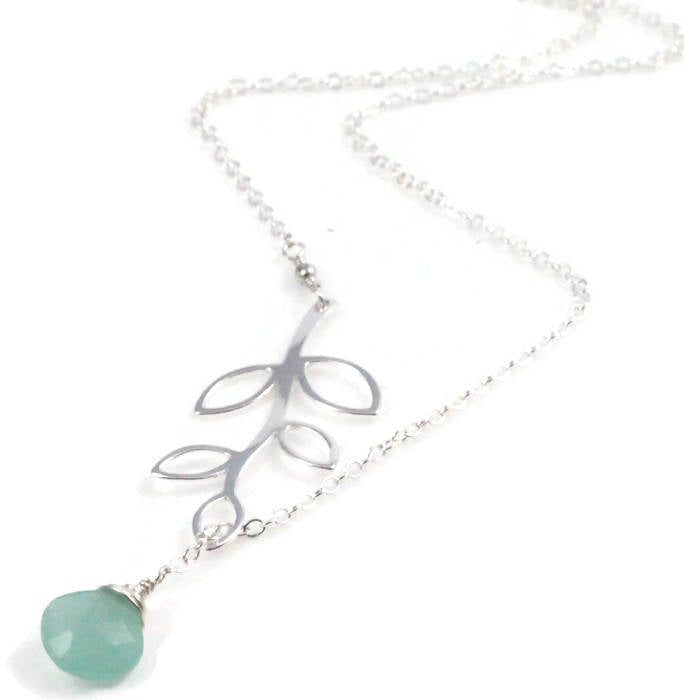 Light Green Gem Vine Lariat