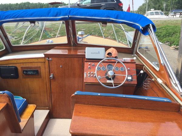 1963 Lyman 25' Sleeper