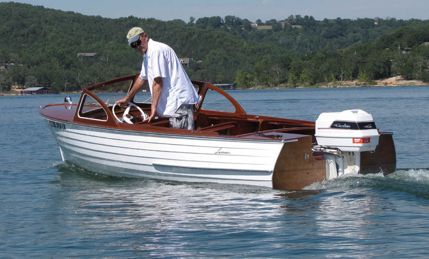 1957 Lyman 16' Outboard/Runabout