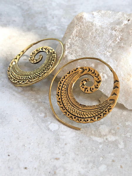 Brass carved spiral hoop earrings, gypsy spiral earrings, brass earrings, indian brass earrings, BE 36