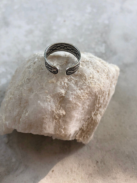 FREE SHIPPING Sterling silver toe ring~ adjustable,
