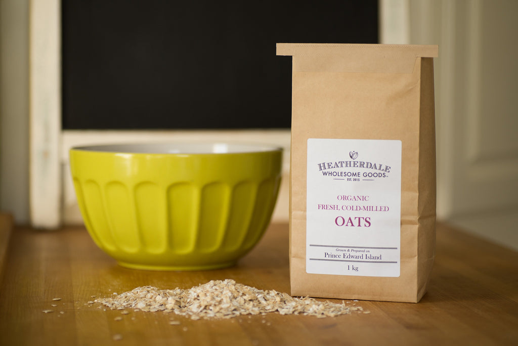 Organic fresh, cold-milled oats