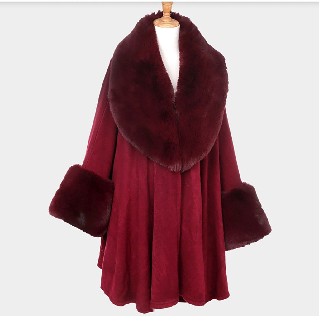 Plush Fur-trimed Cape