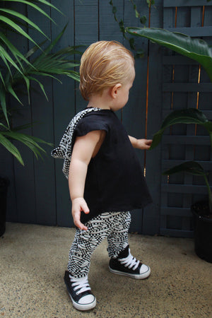 Bubble Hood Tee BLACK - Baby & Toddler Sleeveless Hooded T-shirt