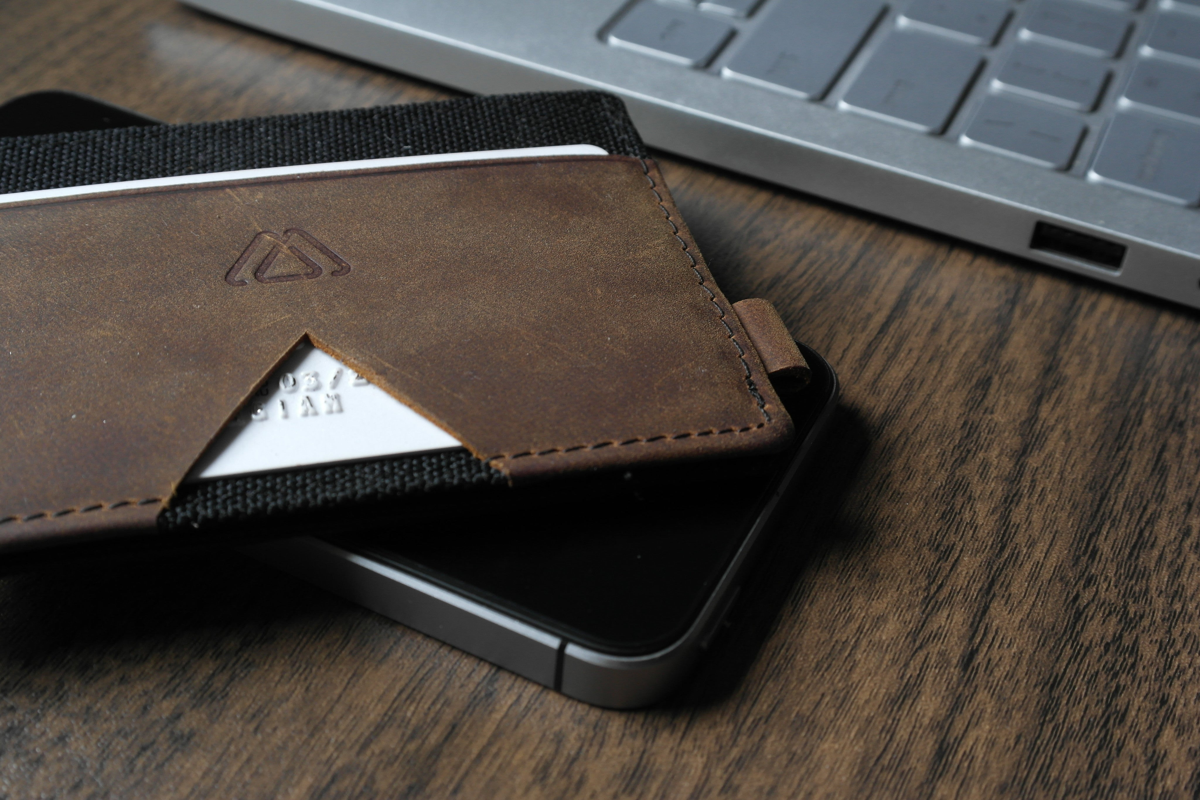What should be a wallet 33